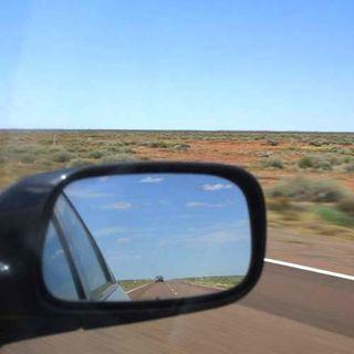 Rear_view_mirror