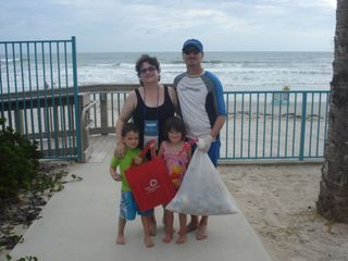 Beach cleanup 011