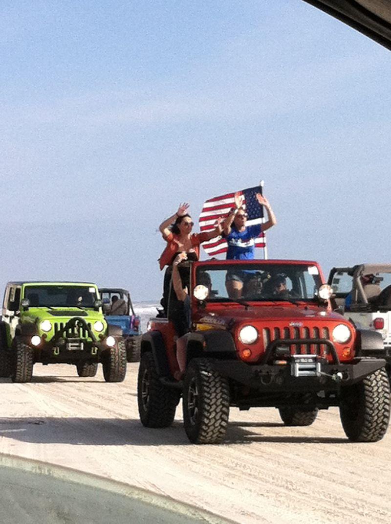 Jeep beach 095