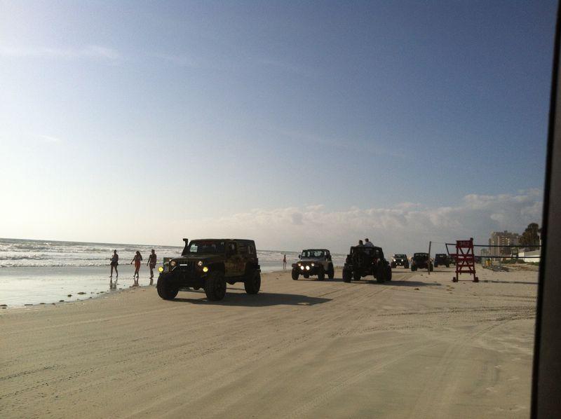 Jeep beach 088