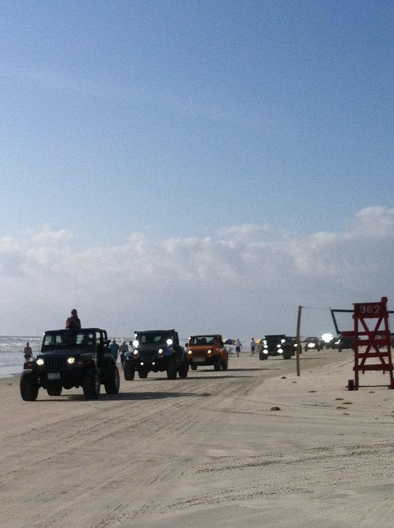 Jeep beach 086