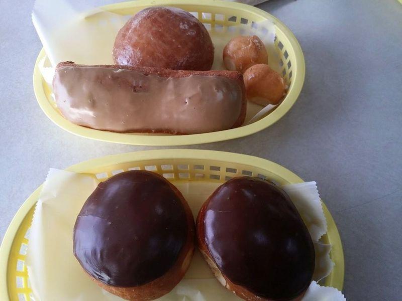 Ronalds-doughnuts1
