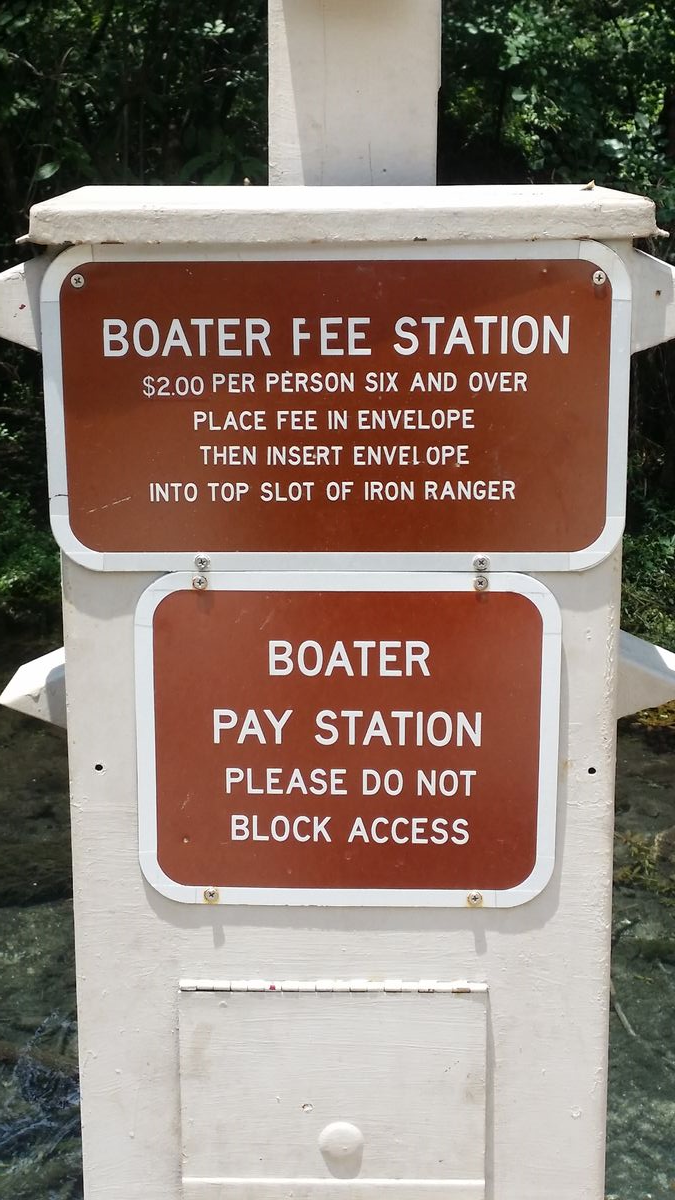 fanning-springs-boater-fee