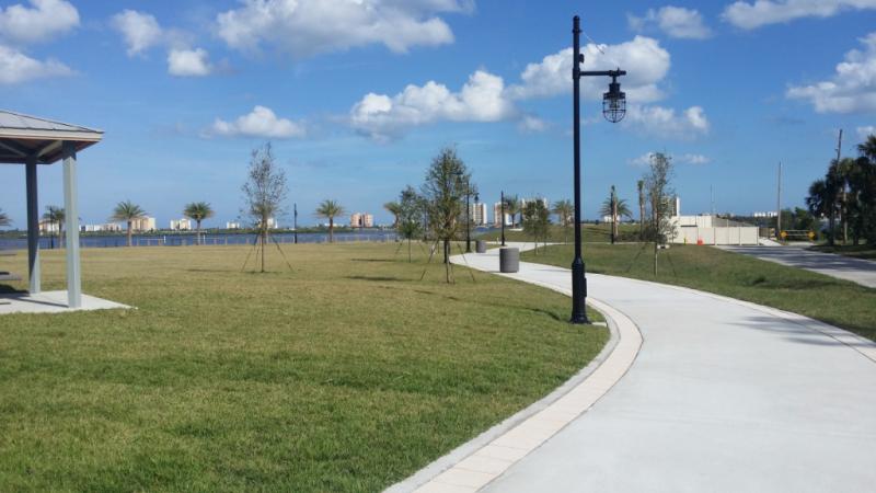 Riverwalk-park-7