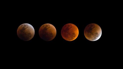 Lunar-eclipse-party
