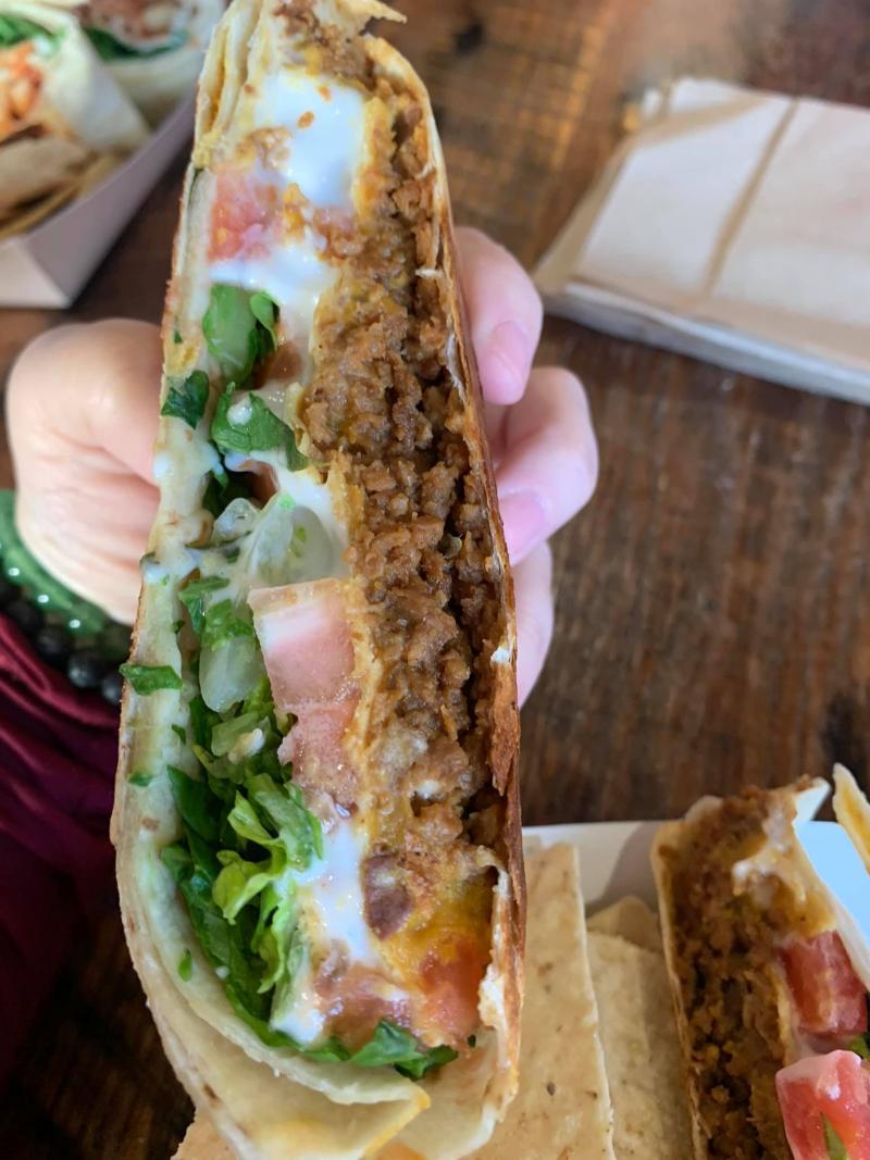 Vegan-crunch-wraps-leguminati