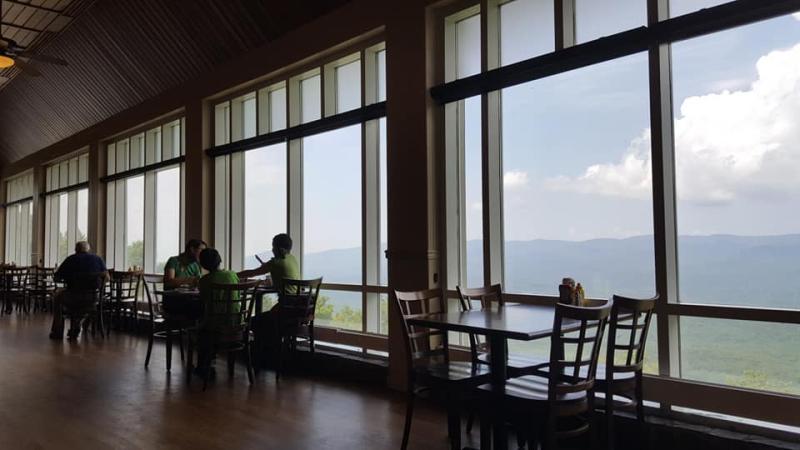 Maple-restaurant2